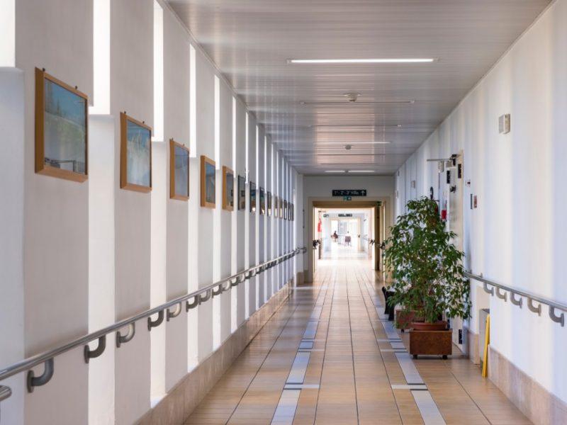 uno dei corridoi di collegamento tra le ville del Centro
