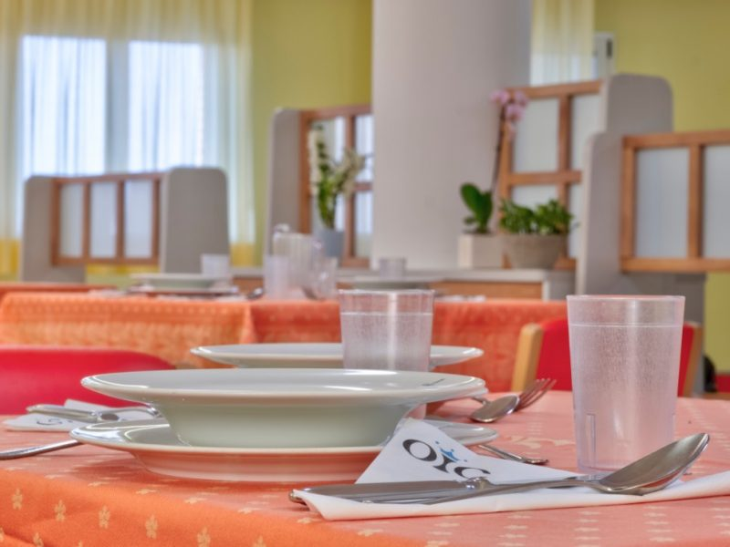 particolare della sala da pranzo